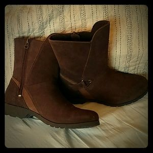 Teva Brown Suede Ankle Booties 7.5